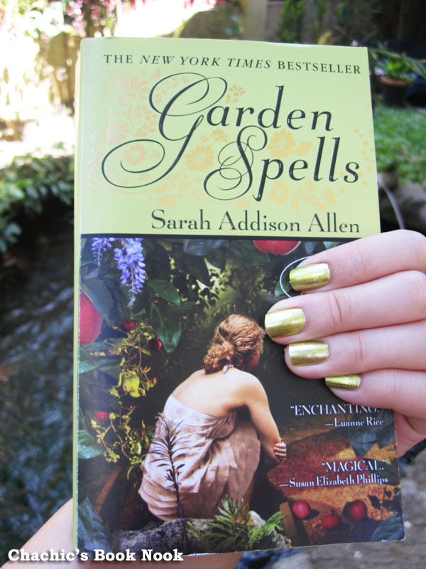 Shoot That Book: Garden Spells and Nail Polish | Chachic\'s Book Nook
