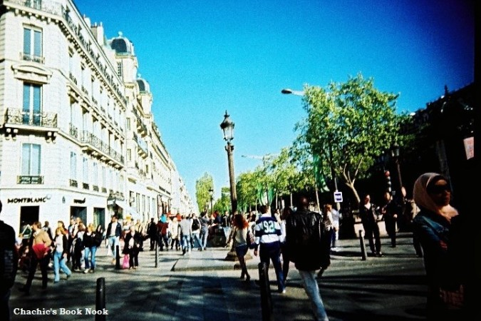 Lomo - Paris crowds