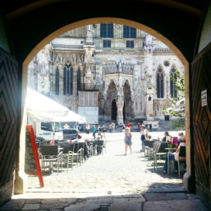 Regensburg cafe - across church