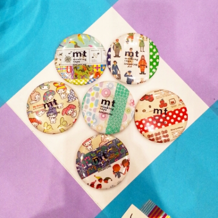 MT Store SG 50 - badges