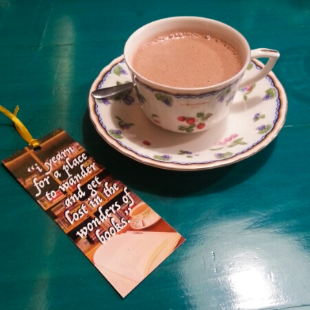 Tweedle Book Cafe - hot chocolate