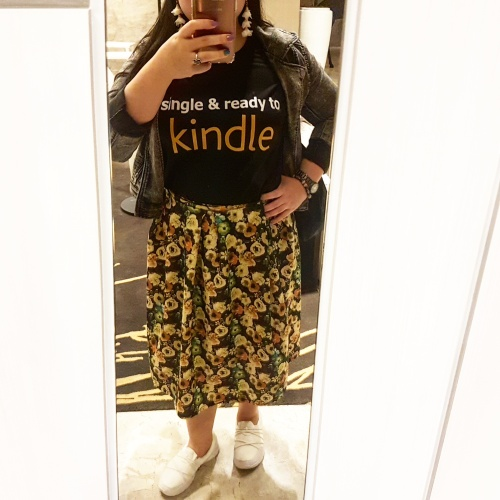 Single and ready to Kindle ootd